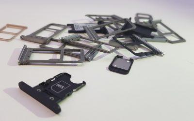 Awaria slotu lub karty SIM